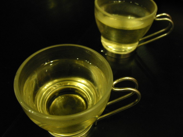 tea-for-two-1251934-640x480